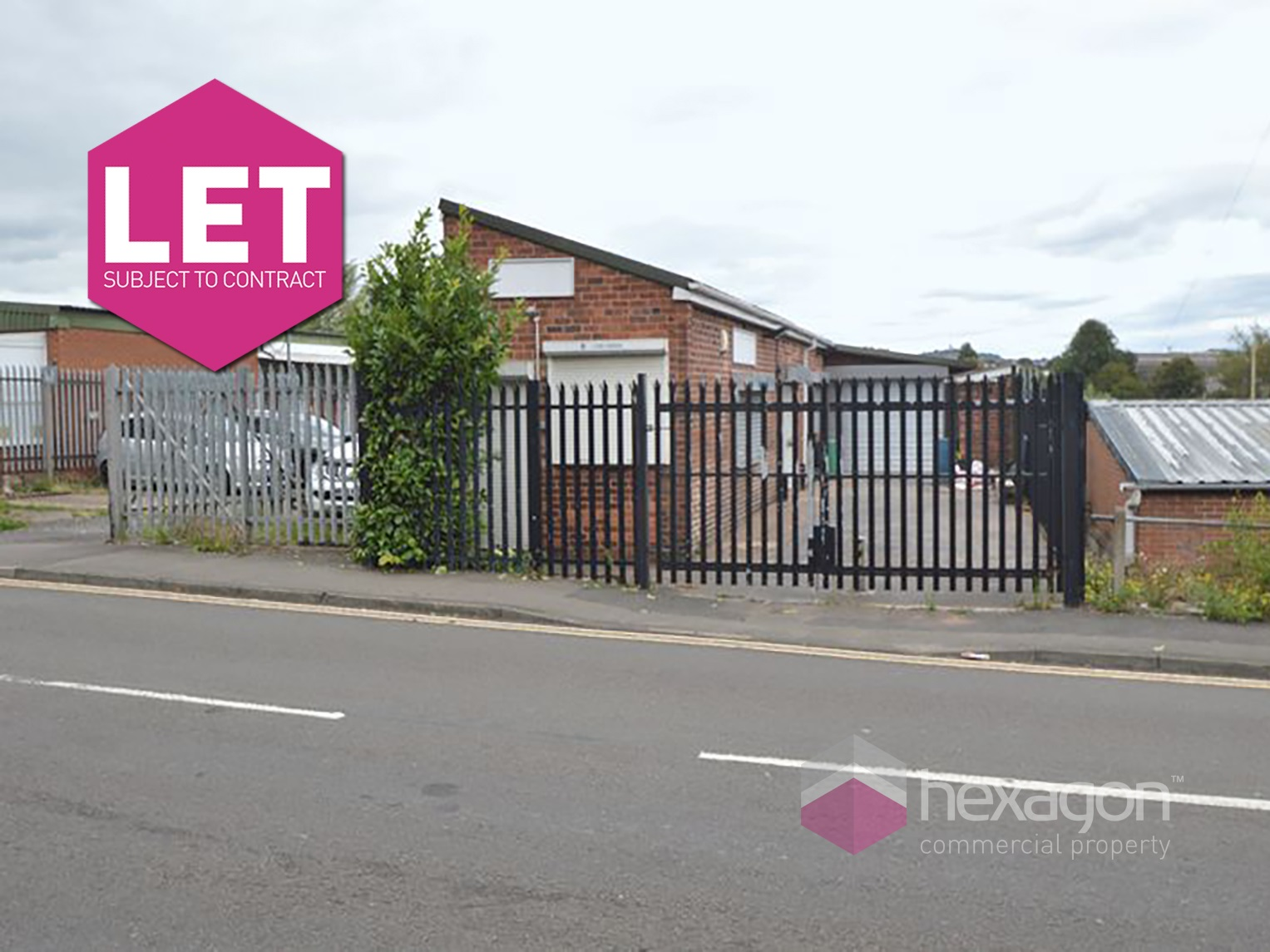 8 Lyde Green Halesowen - Click for more details
